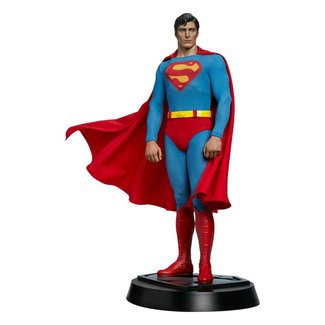 Superman Premium Format Figure Superman: The Movie 52 cm
