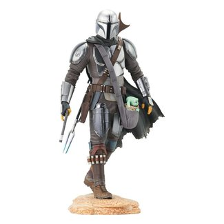 Gentle Giant Studios Star Wars The Mandalorian Premier Collection 1/7 The Mandalorian with The Child 25 cm