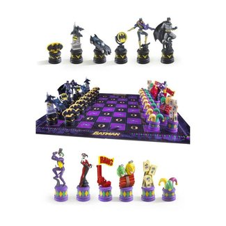 Batman Chess Set Dark Knight vs Joker