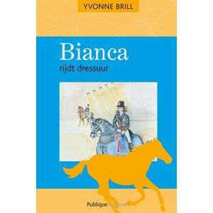 13. Bianca rijdt dressuur