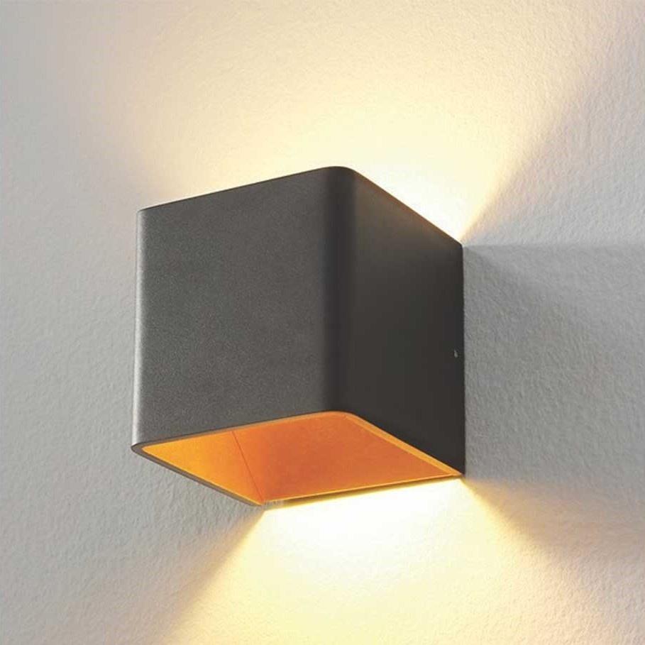 Artdelight Wandlamp Fulda 10x10 cm goud zwart