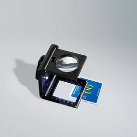 Leuchtturm folding magnifier with LED light 5x magnifying