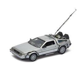 Welly Back to the Future I DeLorean Time Machine
