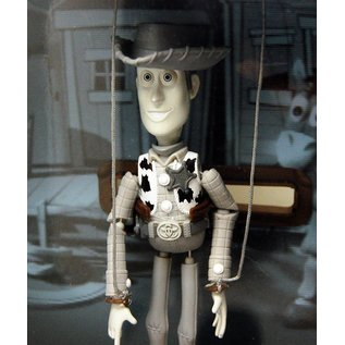 Budtone Woody's Roundup