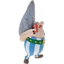Plastoy Figuurtje Obelix met menhir