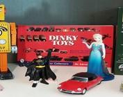 Speelgoed, Merchandising & Strips