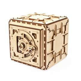 UGears wooden construction kit Safe