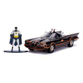 Jada Toys Classic TV Series 1966 Batmobile  & Batman