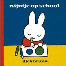 Mercis Nijntje boekje: nijntje op school - Dick Bruna
