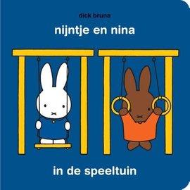 Mercis Nijntje boekje: nijntje en nina in de speeltuin (met puzzel) - Dick Bruna