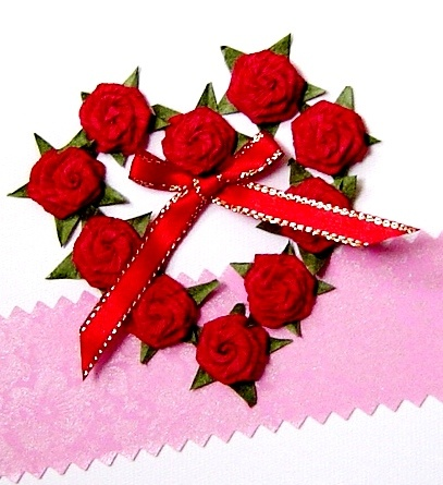 Quilling card red roses heart