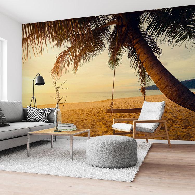 Schommel op een palmenstrand Tropisch - Zon - Warmte - Zee  - Fotobehang Vlies 384 x 260 cm