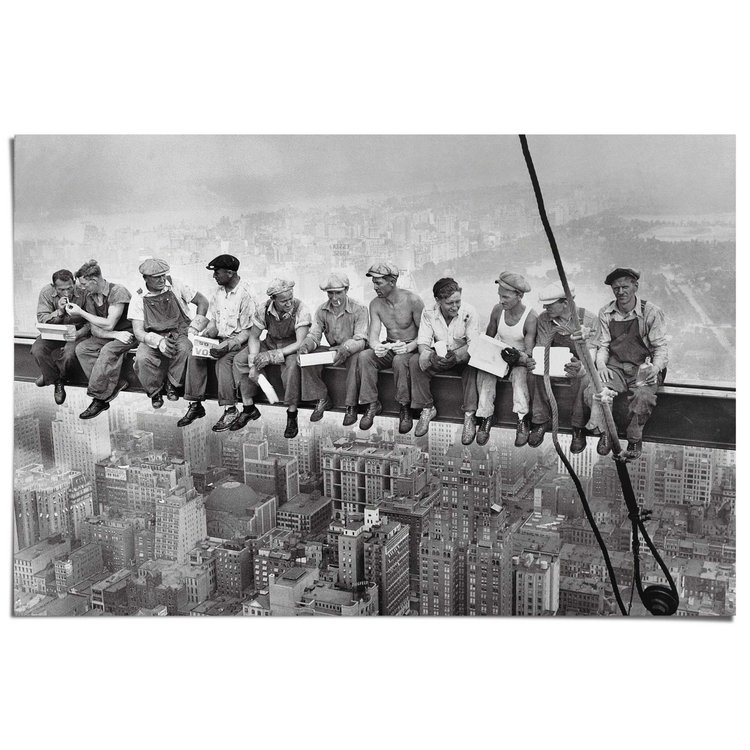Arbeiders boven New York  - Poster 91.5 x 61 cm