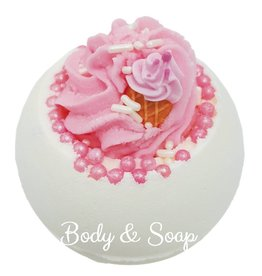 Bomb Cosmetics Ice Cream Queen Bath Blaster