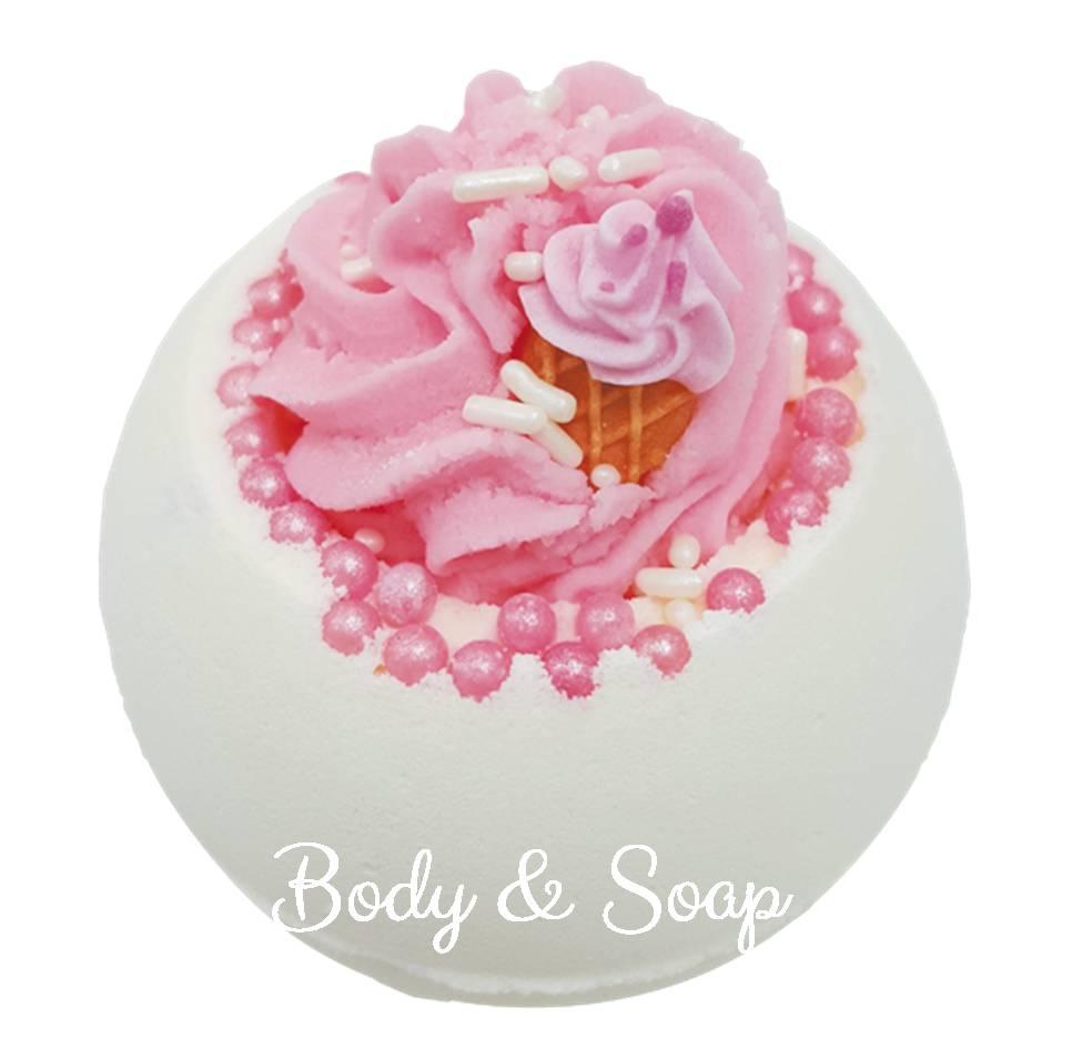 Bomb Cosmetics Ice Cream Queen Bath Blaster - hier bestellen