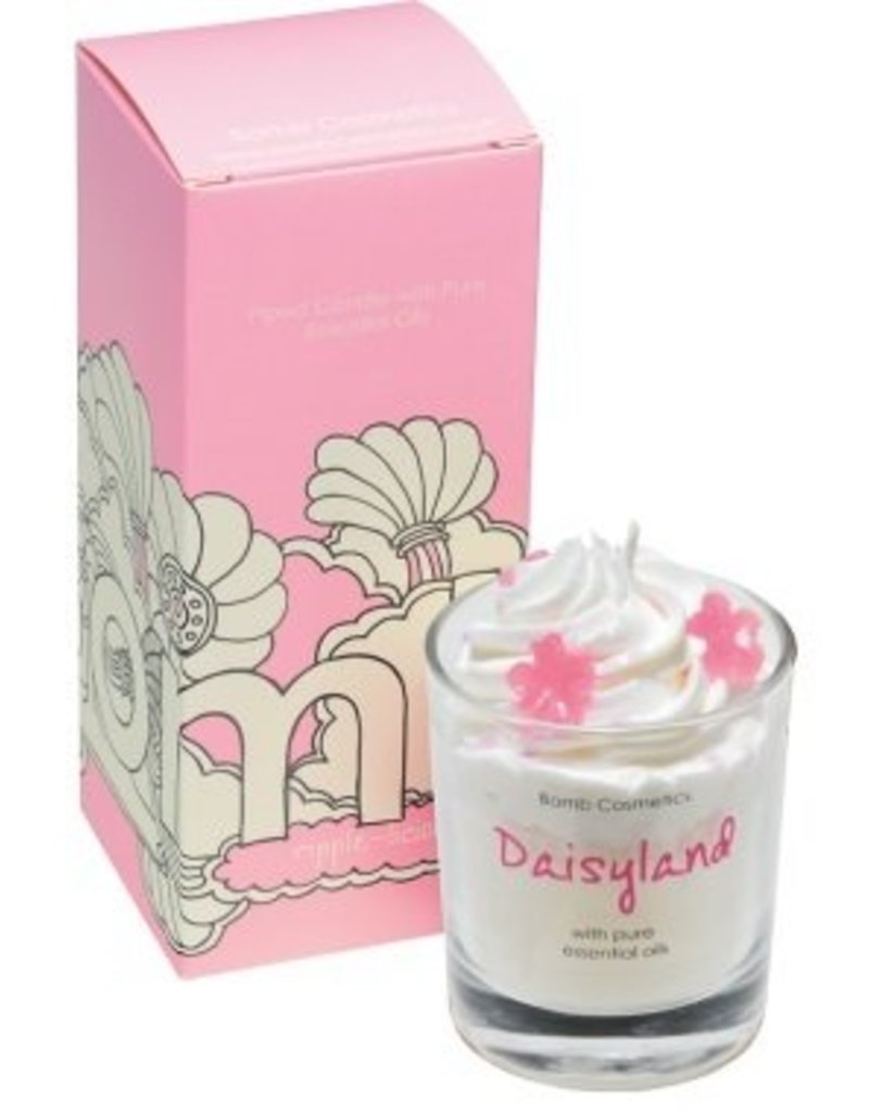 Bomb Cosmetics Geurkaars 'Daisyland Piped Candle' - Body & Soap