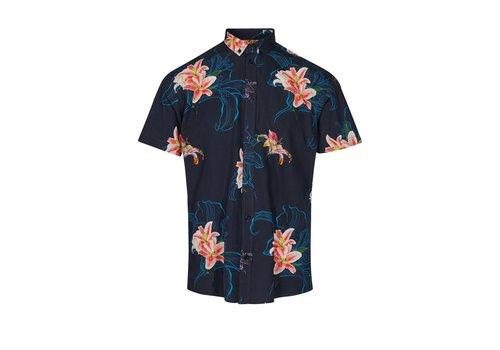 Minimum Aleksander shirt