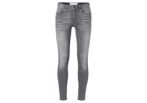YAYA Fancy 5-pocket skinny jeans in vintag