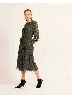 And Less vestido Marciae