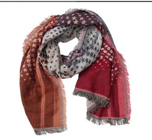 Claire Scarf