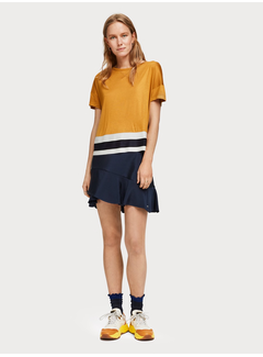 Scotch & Soda T-shirt med kontrastfärgad fåll