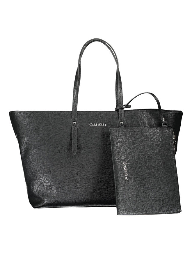 Calvin Klein Shopper
