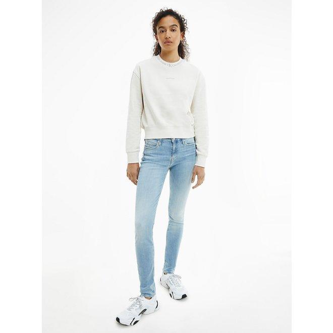 CKJ 011 Mid rise skinny jeans