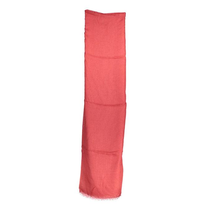 Red scarf men