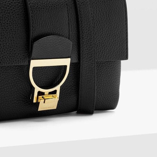 Musta Arlettis-käsilaukku