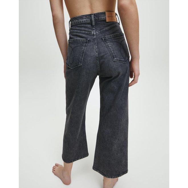Women Super High Rise Wide Leg Cropped Jeans