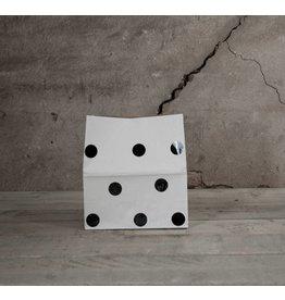 Mon Petit Zoreol Small paperbag met zwarte stippen