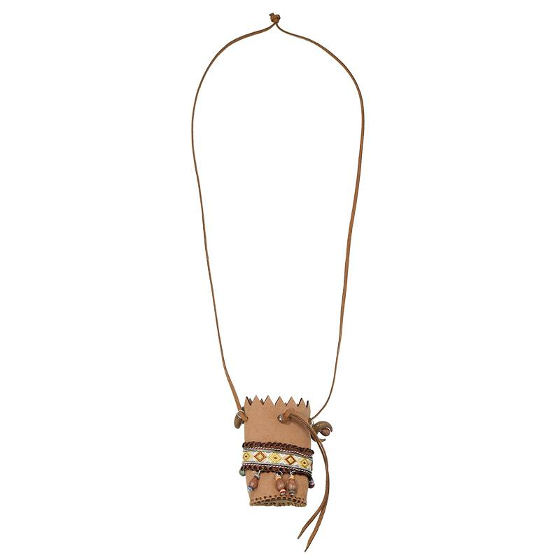 Lovelymusthaves Ibiza boho necklace with a bag