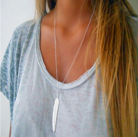 Joboly Feather necklace