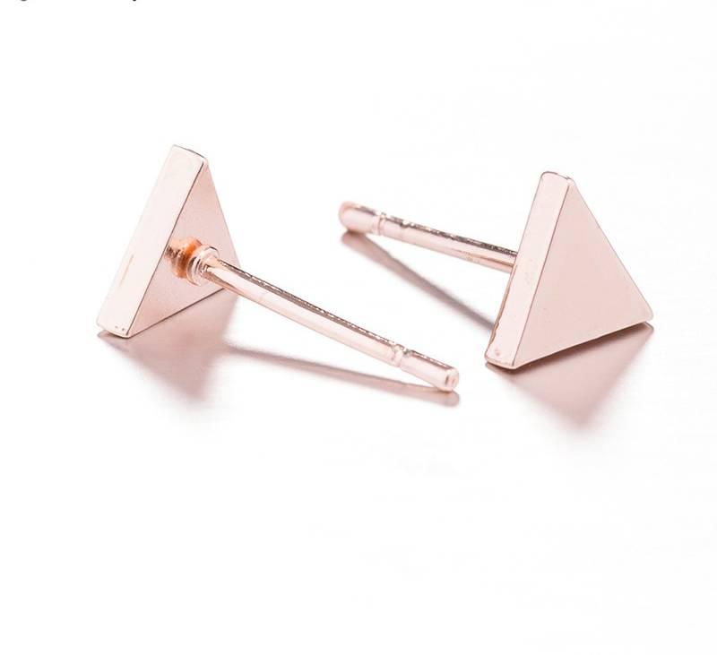 Joboly Dense triangle minimalist earrings