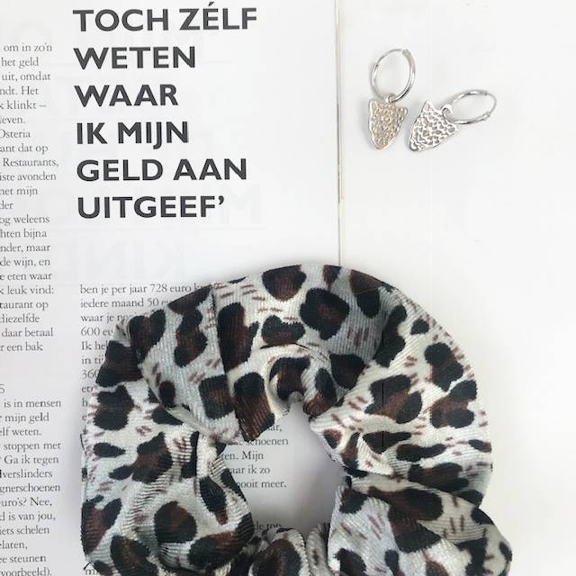 Joboly Scrunchie Sweet Leopard Velvet hair elastic