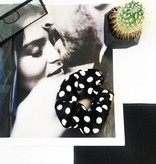 Joboly Scrunchie zwart stippen velvet haarelastiek haarwokkel