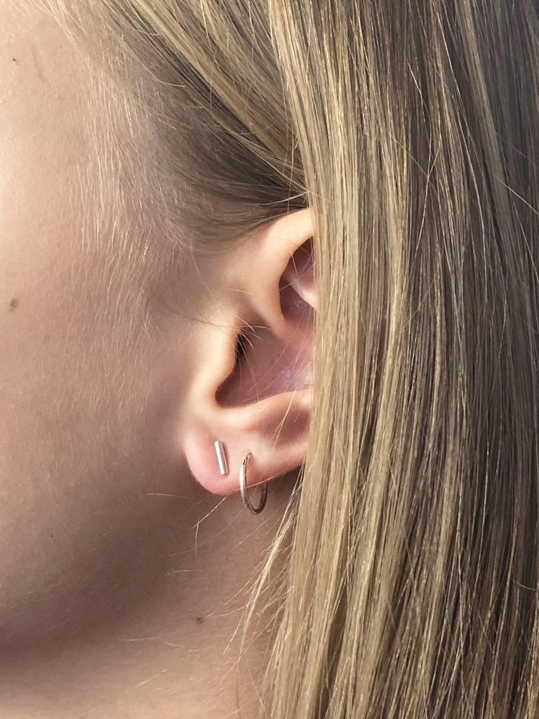 Joboly Bar T minimalist studs bar stick earrings of sterling silver