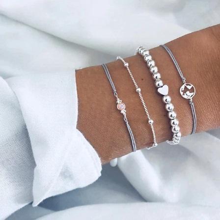 Joboly Set of bracelets beads heart beads 4 pieces