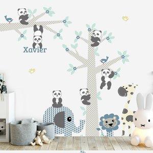 DecoDeco Muursticker Boom & tak Panda's blue met naam