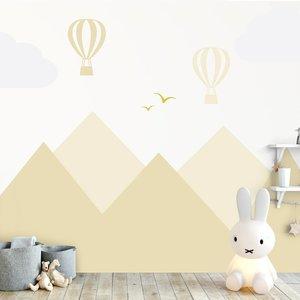 Muursticker Bergen en luchtballonnen yellow