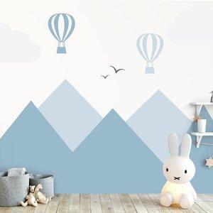 Muursticker Bergen en luchtballonnen blue