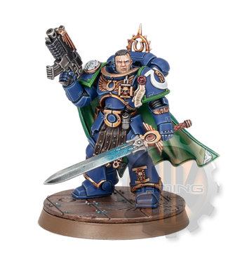 Warhammer 40000 Ultramarines Captain Uriel Ventris