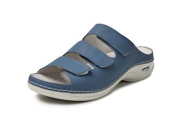 Wash & Go  Licht Blauw Slippers Dames
