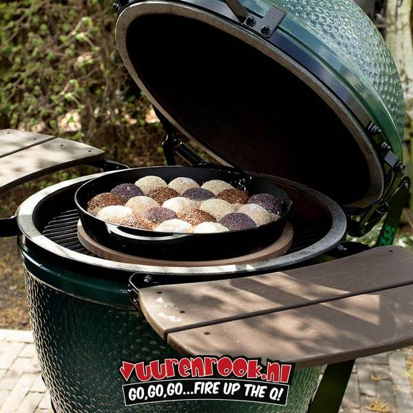 Big Green Egg Big Green Egg Small + Nest + Cover