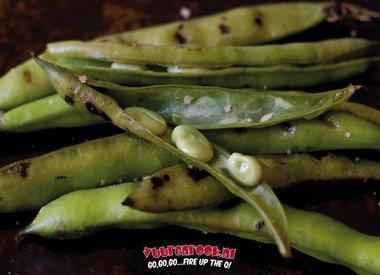 Gegrilde tuinbonen met dille-knoflookzout