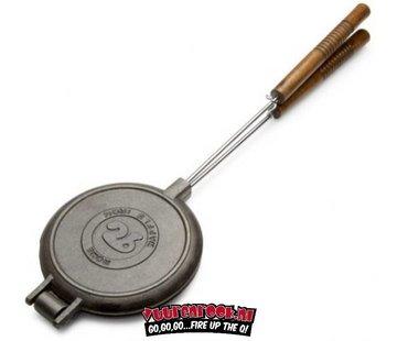 Rome's Industries Rome Pie Iron Chuckwagon Waffle Iron