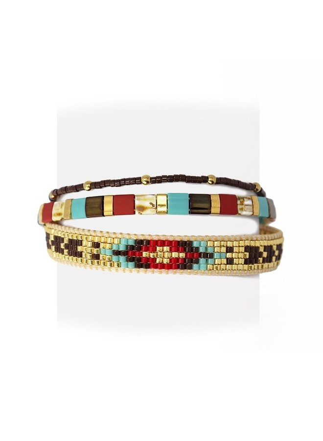 BPU064   TRIPLE COLOR BRACELETS IN DIFFERENT STYLES