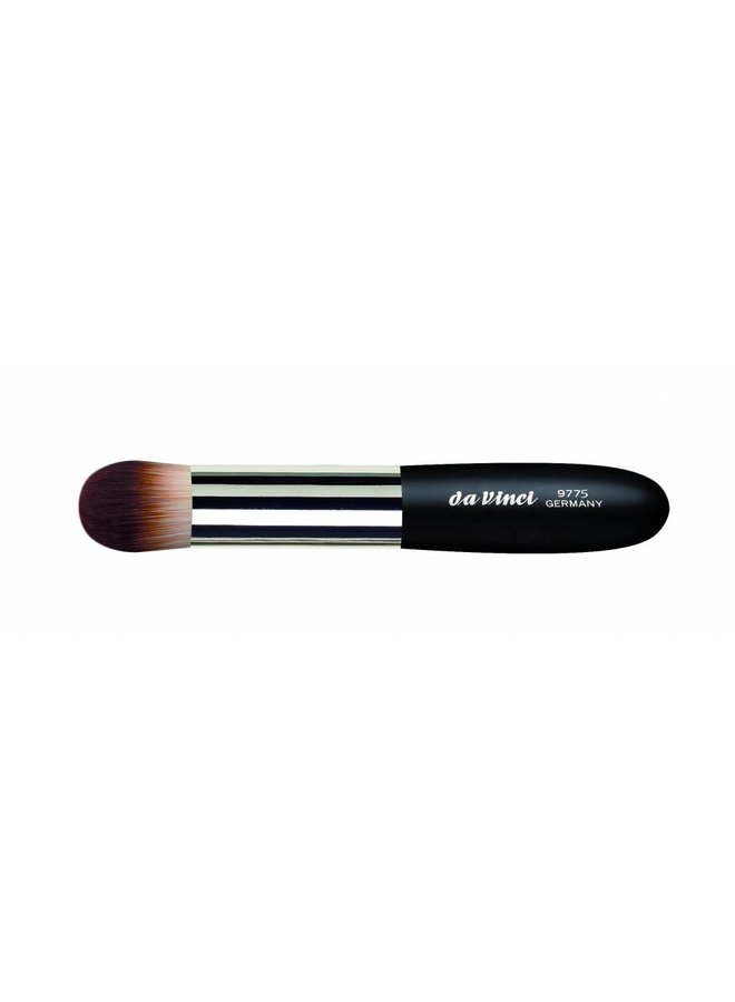 Classic Foundation & Concealer Brush 9775