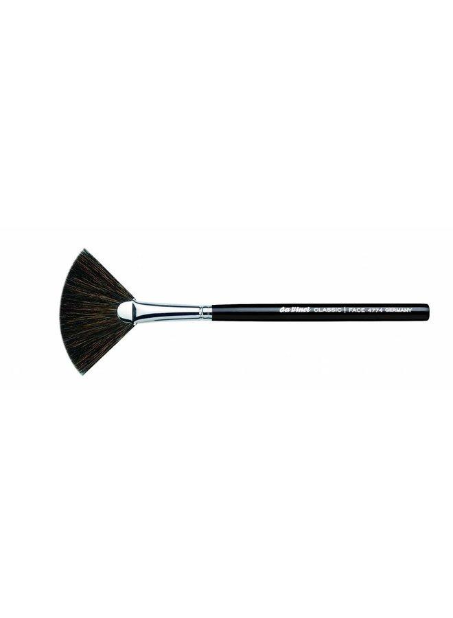Classic Fan Brush 4774-1