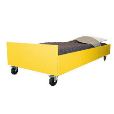 Bedhuisje Leuk Bed van Bedhuisje Safari Geel